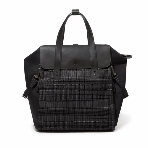 200500_01_D_Highline_Backpack_Black_S(H) (w).jpg