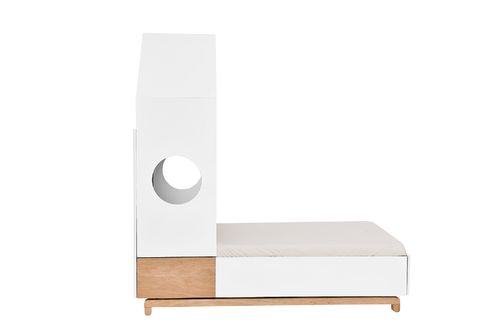 Nomi_junior_house_bed_70x140_01.jpg